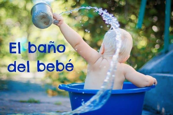 cómo bañar al bebe