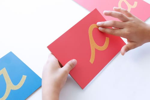 letras lija Montessori