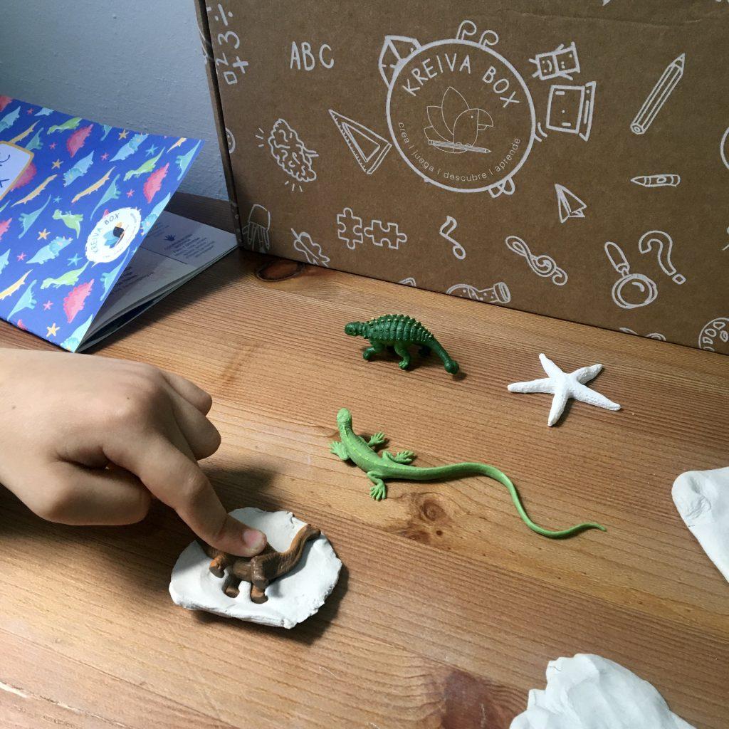 manualidades para niños dinosaurios