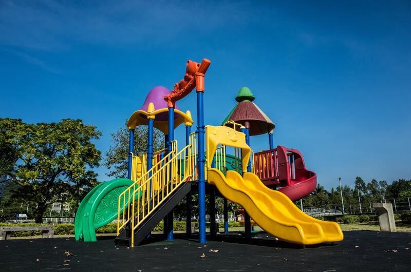 toboganes parque infantil para niños