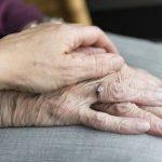 Cómo elegir una residencia para ancianos